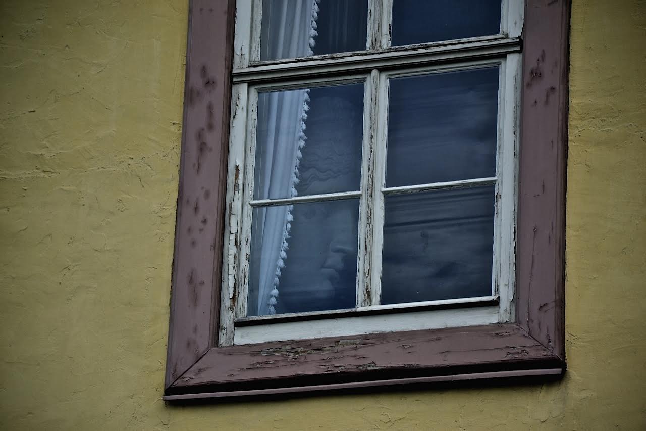 Weimar: Fenster im Goethehaus