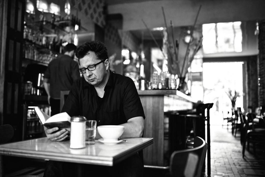 Blogfragen für Buchblogger: Hier gibt es die Antworten des Kaffeehaussitzers