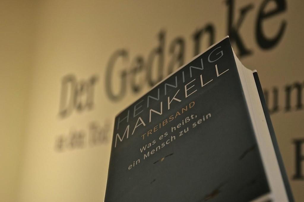 Henning Mankell: Treibsand - Was es heißt ein Mensch zu sein