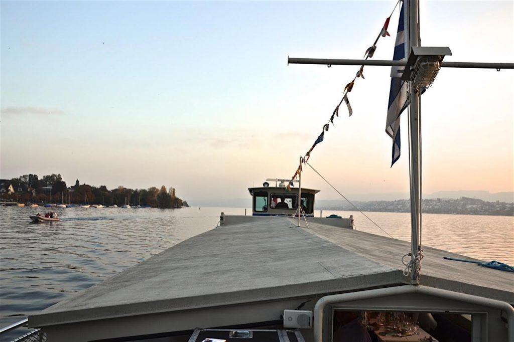 Zürich liest 2016: Eine Fahrt mit Alex Capus weit hinaus auf den Zürichsee, eine Lesung und ein nahezu perfekter Nachmittag.