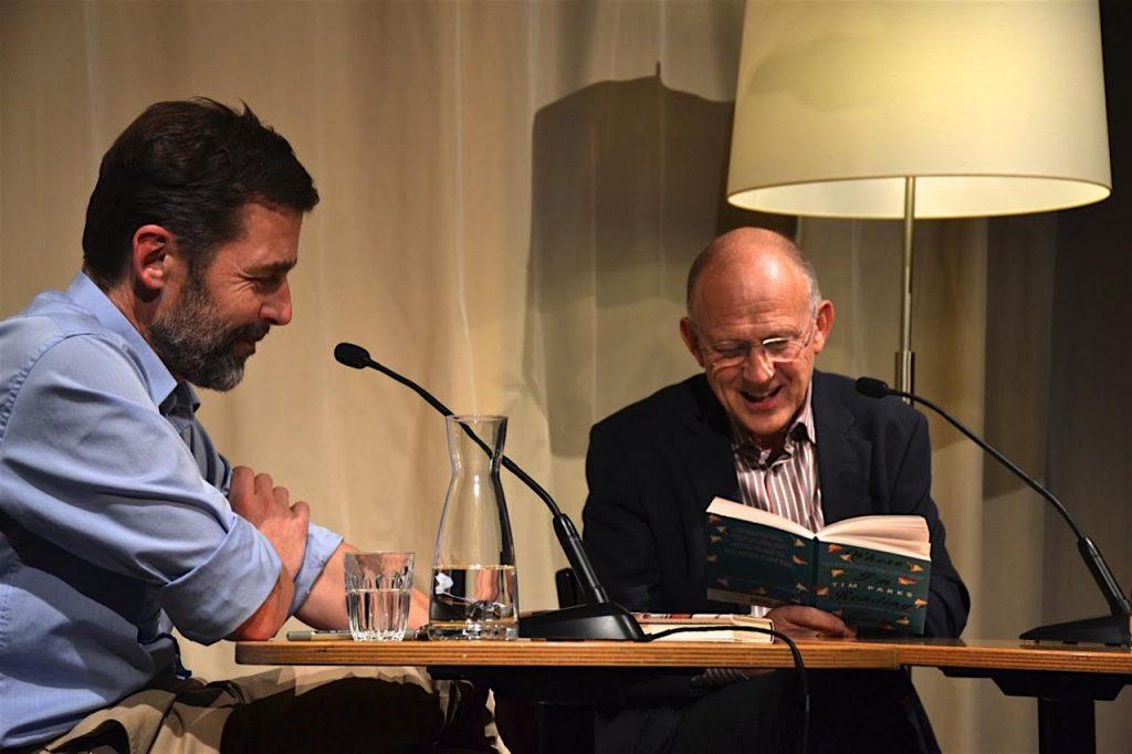 Zürich liest 2016: Tim Parks und Peter Stamm diskutieren über die Frage, worüber wir sprechen, wenn wir über Bücher sprechen.
