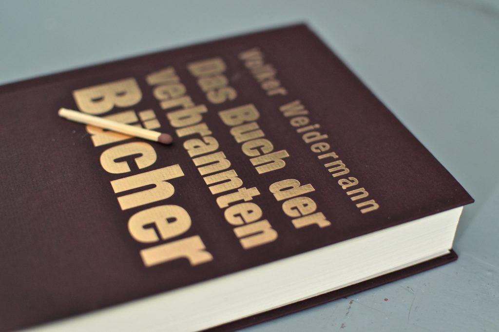 Volker Weidermann: Das Buch der verbrannten Buecher