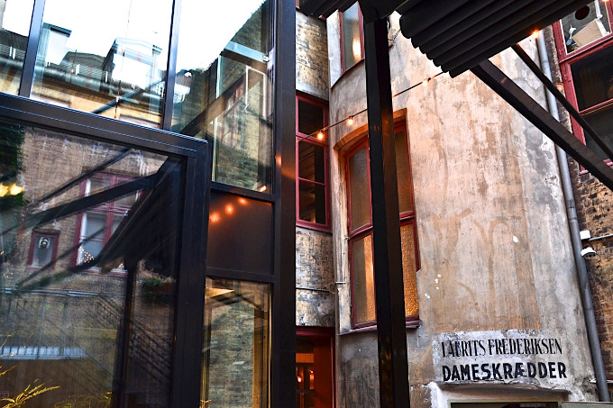 Innenhof Himkok Bar in Oslo